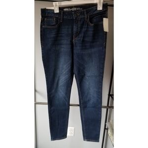 NWT! Old Navy Rockstar Dark Skinny Jean's size 12